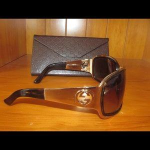 Authentic Gucci women's sunglasses GG 2754/S
